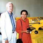 Capitanes Francisco Peña y Hilda Lutz, primera mujer piloto de Costa Rica